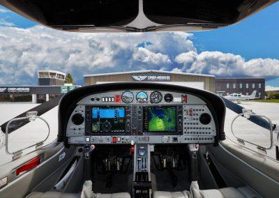 1B-DA42 Cockpit